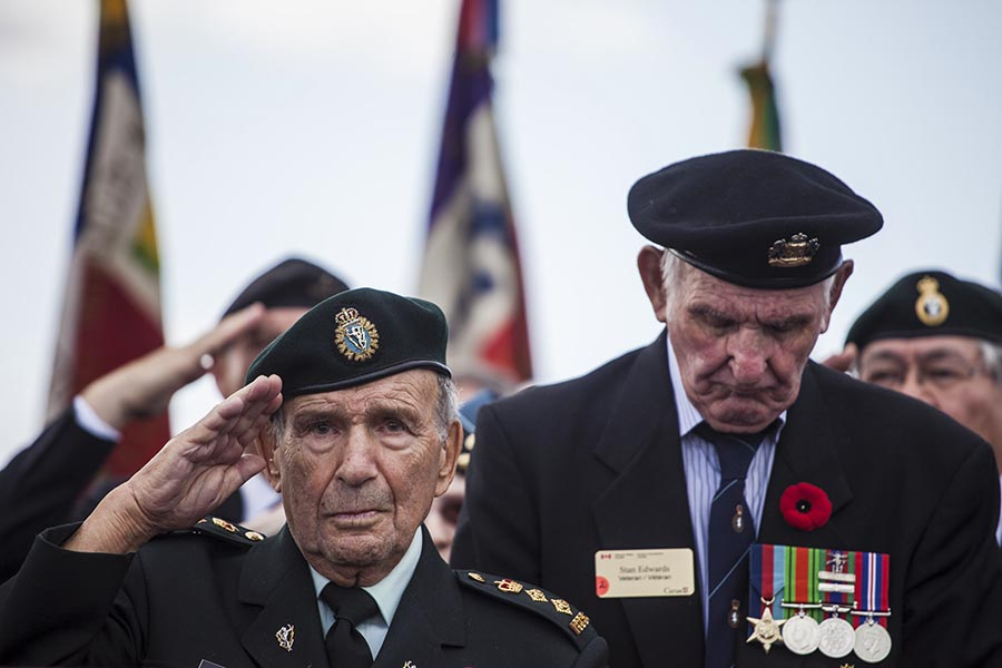 two veteran soldiers