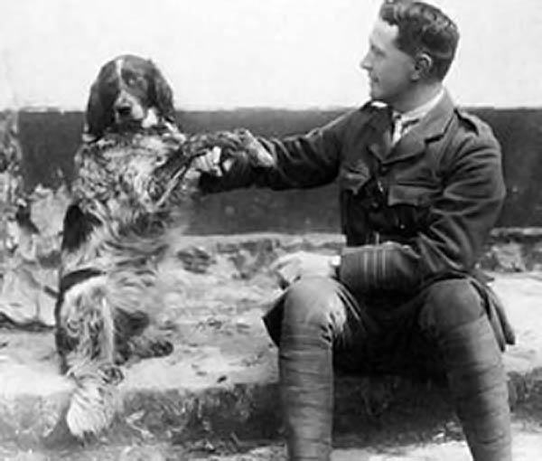 Although he is best known as a military doctor and as the author of In Flanders Fields, Lieutenant-Colonel John McCrae was also a Gunner. 